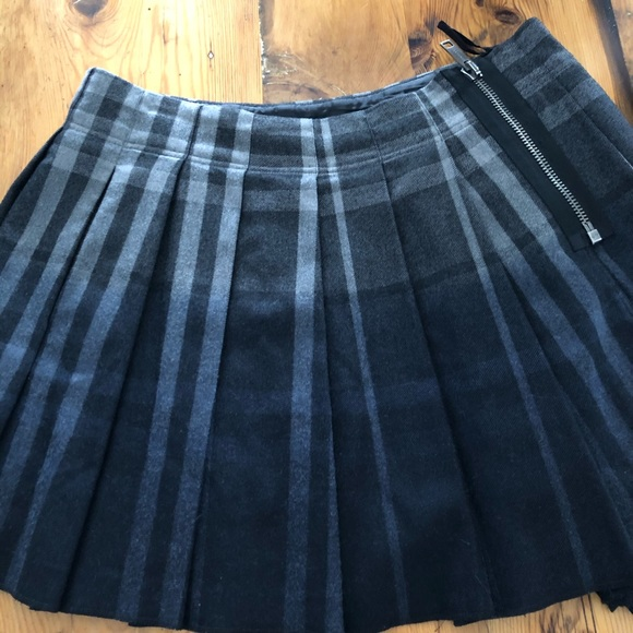 Burberry Dresses & Skirts - 🔥🔥Burberry plaid kilt US 6